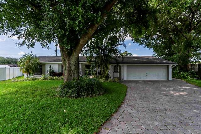 4500 Leslyn Court, Orlando, FL 32806 (MLS #O5941179) :: Century 21 Professional Group