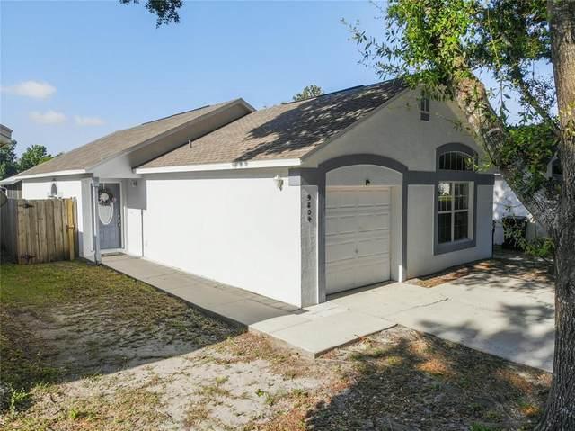 9804 Carmel Park Drive, Orlando, FL 32817 (MLS #O5942247) :: CGY Realty