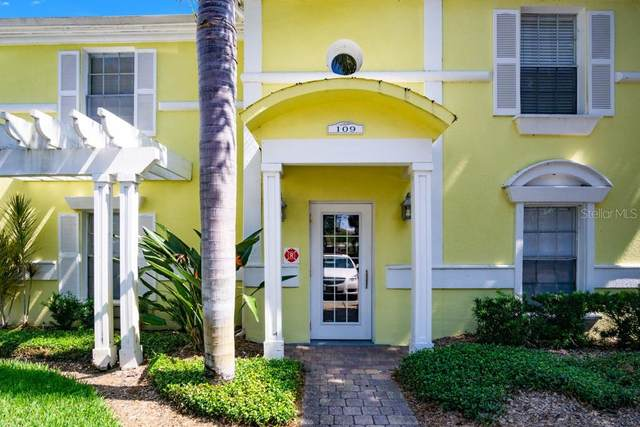 109 Sea Horse Drive SE C, St Petersburg, FL 33705 (MLS #O5942458) :: The Duncan Duo Team