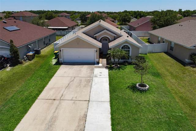 3030 Eagle Crossing Drive, Kissimmee, FL 34746 (#O5943260) :: Caine Luxury Team