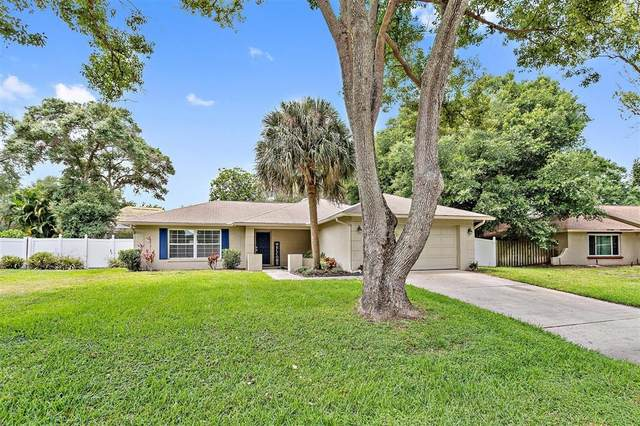 8324 Granada Boulevard, Orlando, FL 32836 (MLS #O5944139) :: The Kardosh Team