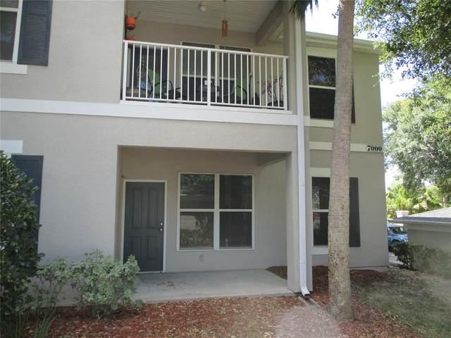 7011 Hemingway Circle #7011, Haines City, FL 33844 (MLS #O5947849) :: CGY Realty