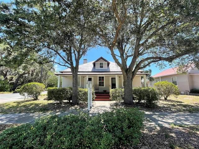 324 N Texas Avenue, Tavares, FL 32778 (MLS #O5949549) :: Alpha Equity Team