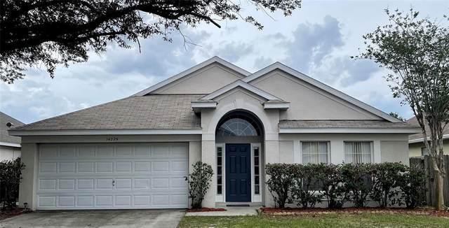 14229 Colonial Lakes Drive, Orlando, FL 32826 (MLS #O5952330) :: GO Realty