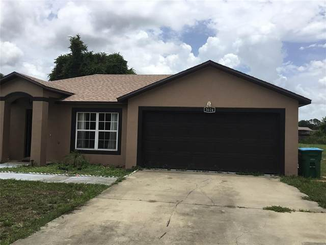 3024 Lagoon Avenue, Deltona, FL 32738 (MLS #O5953603) :: Prestige Home Realty