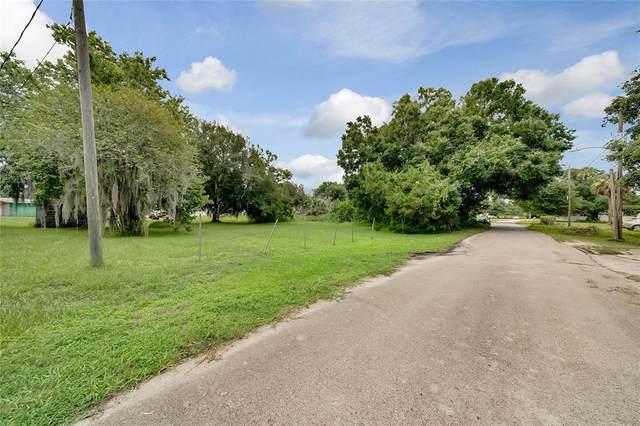 2970 Dixon Avenue, Sanford, FL 32771 (MLS #O5956960) :: Team Turner