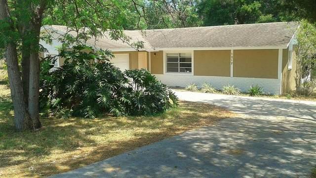 1217 N John Street, Orlando, FL 32808 (MLS #O5958188) :: Vacasa Real Estate