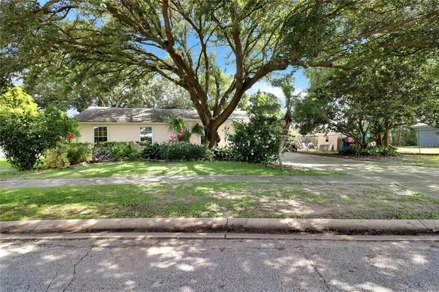 4215 W Vista Court, Kissimmee, FL 34746 (MLS #O5958354) :: CGY Realty