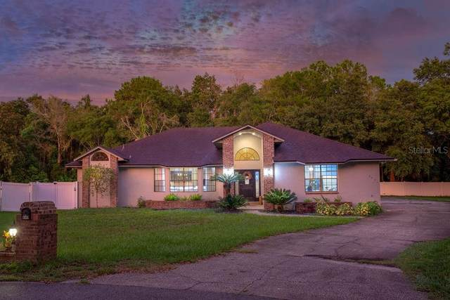 8441 Lost Lake Drive, Orlando, FL 32817 (MLS #O5960911) :: Zarghami Group
