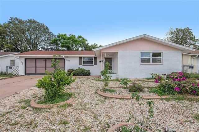 8227 Winthrop Drive, Port Richey, FL 34668 (MLS #O5963934) :: Everlane Realty