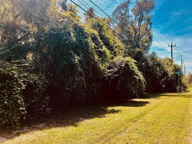 3465 Mellonville, Sanford, FL 32773 (MLS #O5969917) :: American Premier Realty LLC