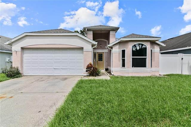 1241 Woodfield Oaks Dr, Apopka, FL 32703 (MLS #O5973459) :: Zarghami Group