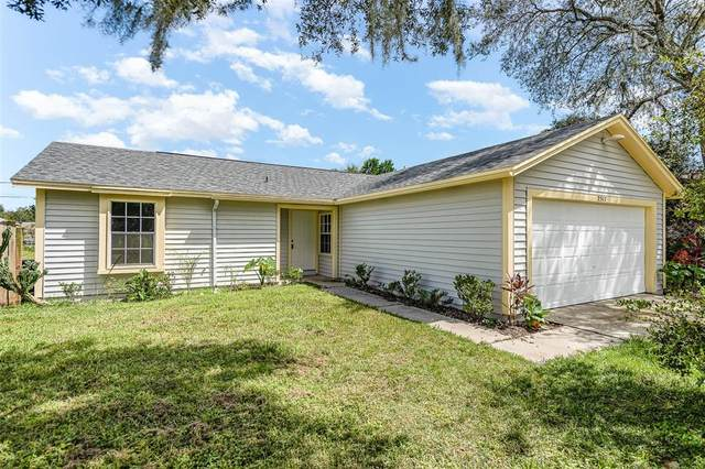 2317 Ainsworth Avenue, Deltona, FL 32738 (MLS #O5974365) :: SunCoast Home Experts