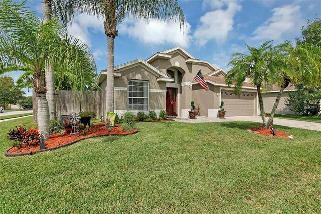 903 Lilac Trace Lane, Orlando, FL 32828 (MLS #O5974737) :: Bustamante Real Estate
