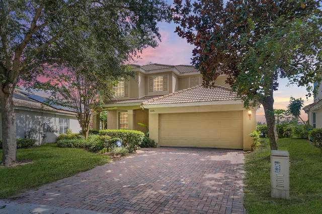 6226 Buford Street, Orlando, FL 32835 (MLS #O5975934) :: Griffin Group