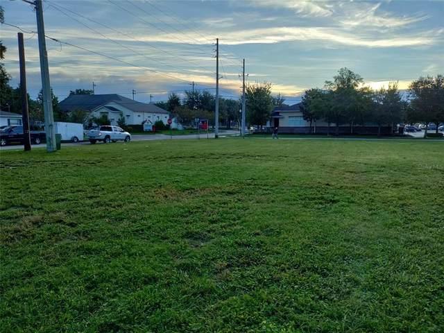 806 Woods Avenue, Orlando, FL 32805 (MLS #O5976638) :: Delgado Home Team at Keller Williams