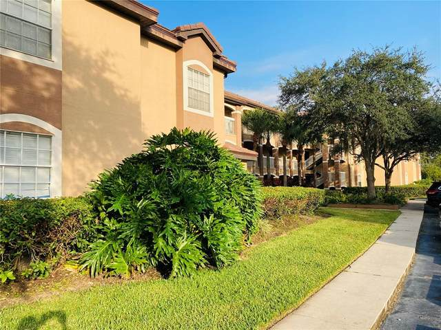 13941 W Fairway Island Drive #735, Orlando, FL 32837 (MLS #O5980431) :: The Kardosh Team