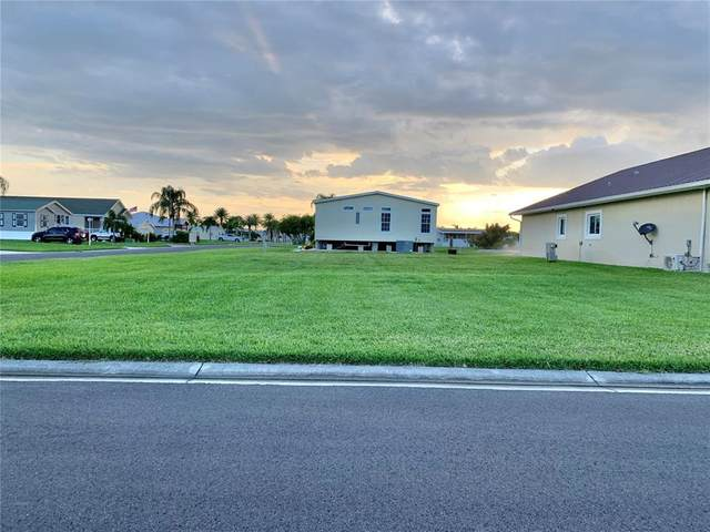 4421 SW 8TH Way, Okeechobee, FL 34974 (MLS #OK220472) :: GO Realty