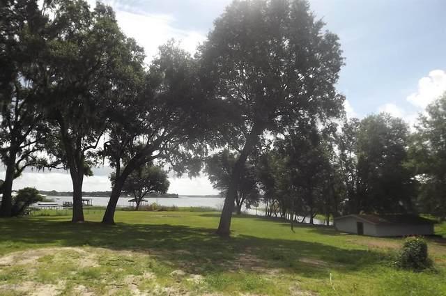 10285 SE Sunset Harbor Road, Summerfield, FL 34491 (MLS #OM565372) :: The A Team of Charles Rutenberg Realty