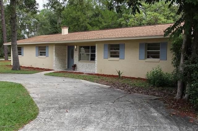 1921 NE 49th Avenue, Ocala, FL 34470 (MLS #OM566499) :: The Dora Campbell Team
