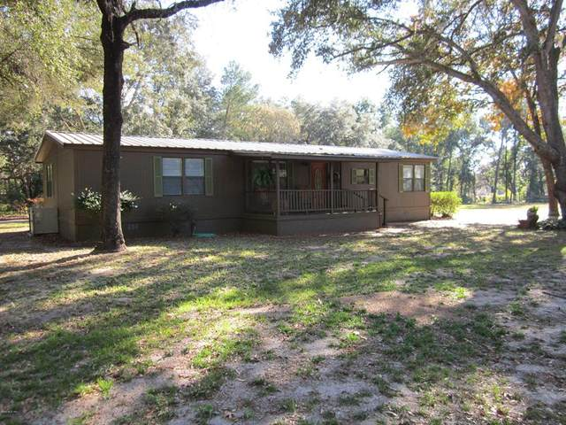 17055 NE 141st Court, Fort Mccoy, FL 32134 (MLS #OM567790) :: The A Team of Charles Rutenberg Realty
