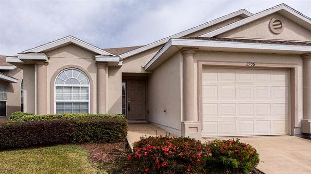 2306 SE 18th Circle, Ocala, FL 34471 (MLS #OM569819) :: The Dora Campbell Team