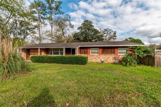 2421 SE 7TH Avenue, Ocala, FL 34471 (MLS #OM600472) :: The Dora Campbell Team