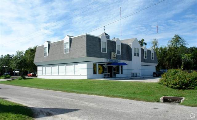 1020 SW 6TH Avenue, Ocala, FL 34471 (MLS #OM600474) :: The Dora Campbell Team