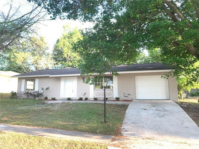 220 Marion Oaks Lane, Ocala, FL 34473 (MLS #OM602180) :: Bosshardt Realty