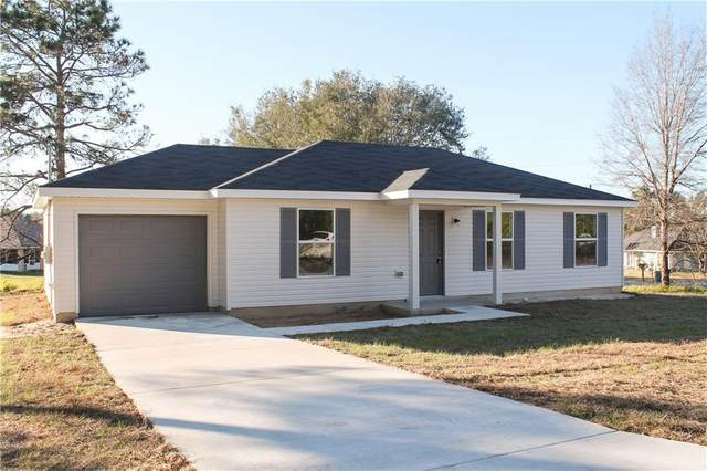 21621 SW Rainbow Lakes Boulevard, Dunnellon, FL 34431 (MLS #OM602370) :: The Duncan Duo Team