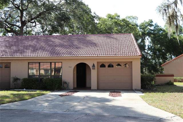 1902 SW 35TH Avenue, Ocala, FL 34474 (MLS #OM603926) :: Cartwright Realty