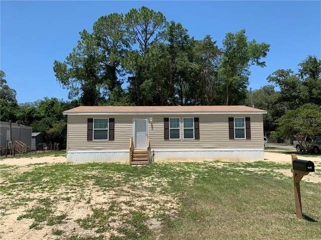 410 SE 6TH Street, Williston, FL 32696 (MLS #OM604012) :: The Figueroa Team