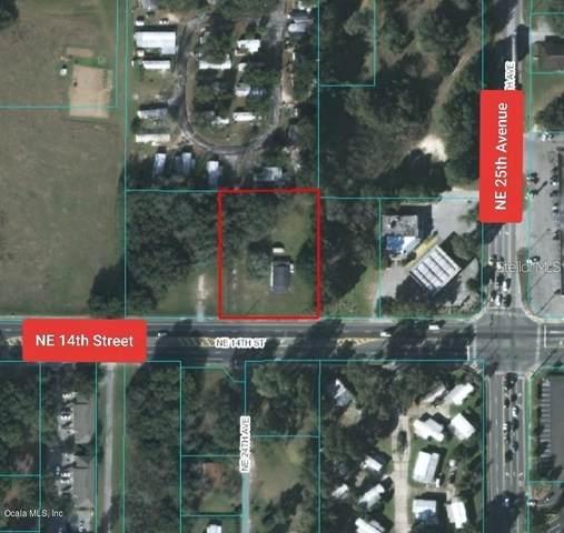2405 NE 14TH Street, Ocala, FL 34470 (MLS #OM604666) :: McConnell and Associates