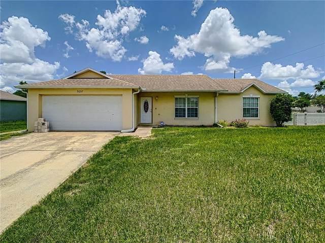 3037 Courtland Boulevard, Deltona, FL 32738 (MLS #OM606285) :: Team Bohannon Keller Williams, Tampa Properties