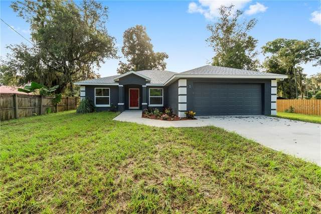 94 Oak Circle, Ocala, FL 34472 (MLS #OM607984) :: Team Buky