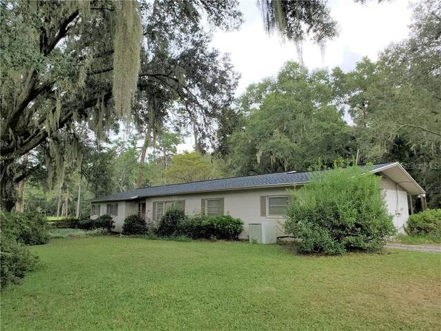 4401 SE 44TH AVENUE Road, Ocala, FL 34480 (MLS #OM609380) :: The Heidi Schrock Team