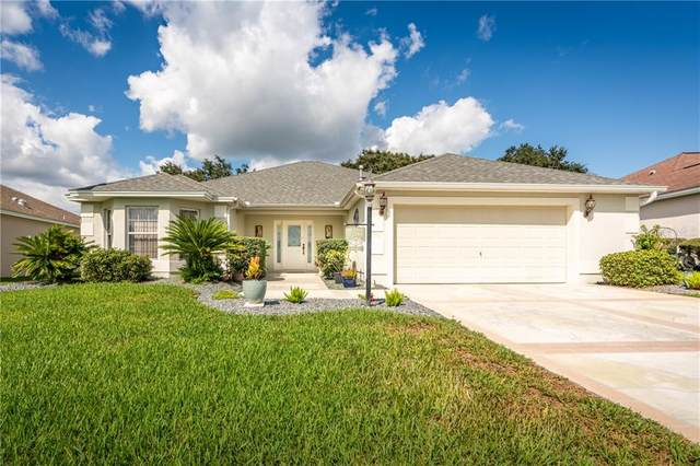 17293 SE 85TH WILLOWICK Circle, The Villages, FL 32162 (MLS #OM610205) :: Realty Executives in The Villages
