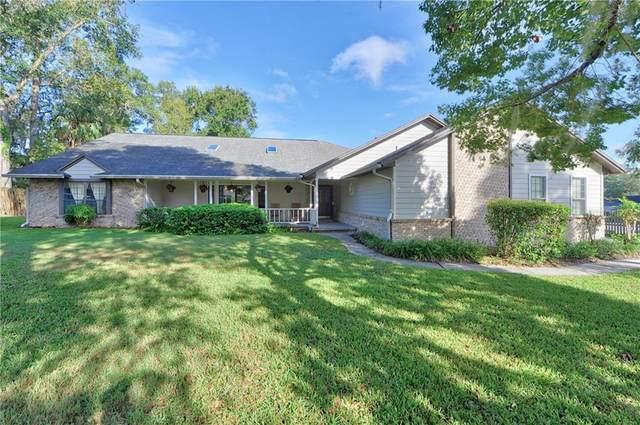 1807 SE 33RD Lane, Ocala, FL 34471 (MLS #OM610809) :: BuySellLiveFlorida.com
