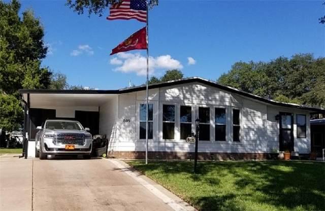 805 Camelia Court, Lady Lake, FL 32159 (MLS #OM611076) :: Bob Paulson with Vylla Home