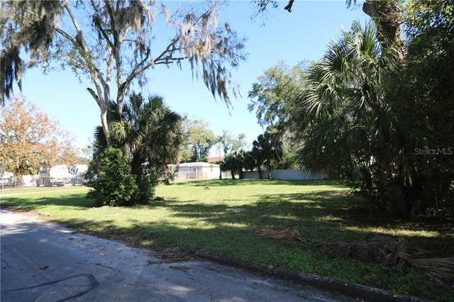 421 NW 3RD Avenue, Ocala, FL 34475 (MLS #OM611731) :: The Figueroa Team