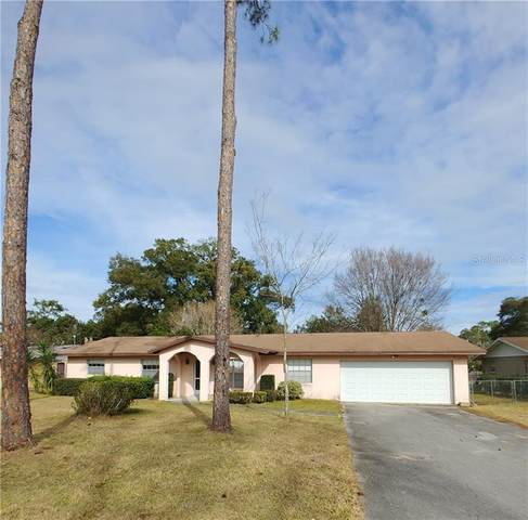 4831 NE 8TH Street, Ocala, FL 34470 (MLS #OM613984) :: Delta Realty, Int'l.