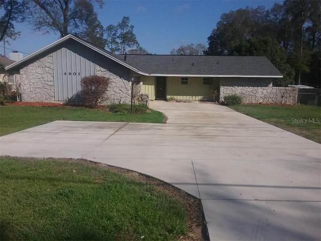 4901 NE 7TH Street, Ocala, FL 34470 (MLS #OM615589) :: The Duncan Duo Team