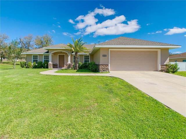 323 Woods Landing Drive, Lady Lake, FL 32159 (MLS #OM616099) :: Pepine Realty