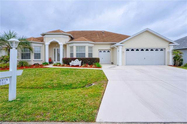 2042 NW 57TH Court, Ocala, FL 34482 (MLS #OM617823) :: Griffin Group