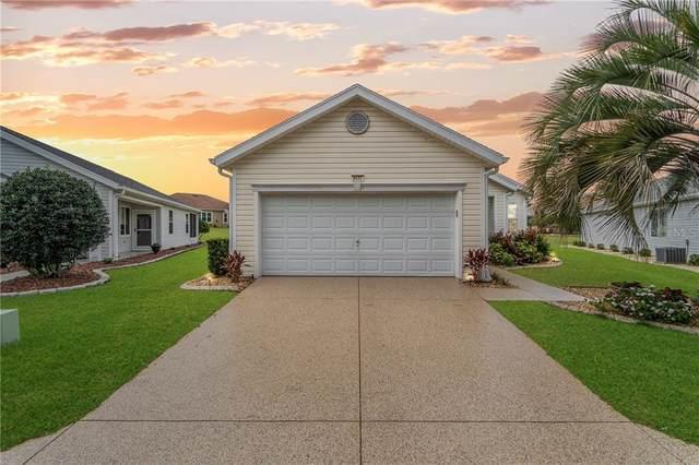 9437 SE 132ND Loop, Summerfield, FL 34491 (MLS #OM618171) :: The Lersch Group