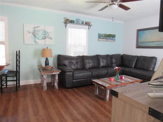 12335 SE 135TH Avenue, Ocklawaha, FL 32179 (MLS #OM620369) :: The Duncan Duo Team