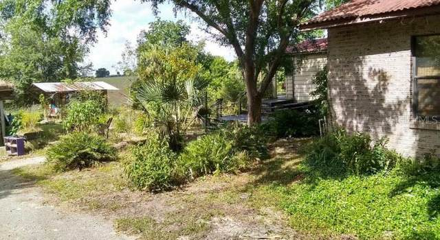 15620 SE 150TH Avenue, Weirsdale, FL 32195 (MLS #OM621419) :: Kelli and Audrey at RE/MAX Tropical Sands