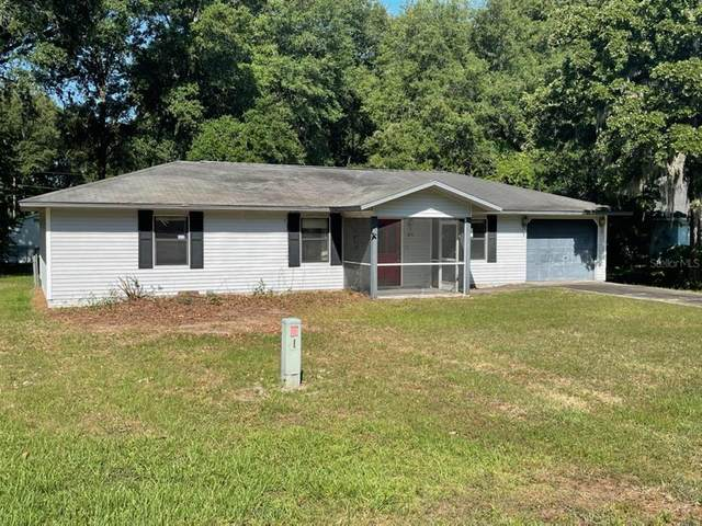 56 Almond Road, Ocala, FL 34472 (MLS #OM621686) :: Your Florida House Team