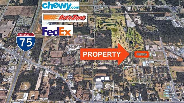 1836 NW 21 Street, Ocala, FL 34475 (MLS #OM622249) :: Your Florida House Team