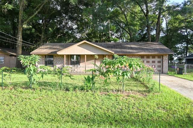 6448 NW 61ST Street, Ocala, FL 34482 (MLS #OM623990) :: Vacasa Real Estate
